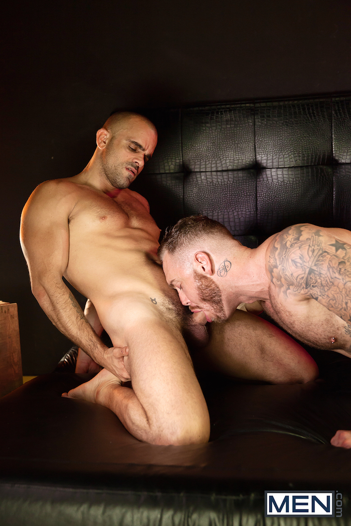 Damien Crosse and Dominique Hansson share a hot gay muscle fuck 1