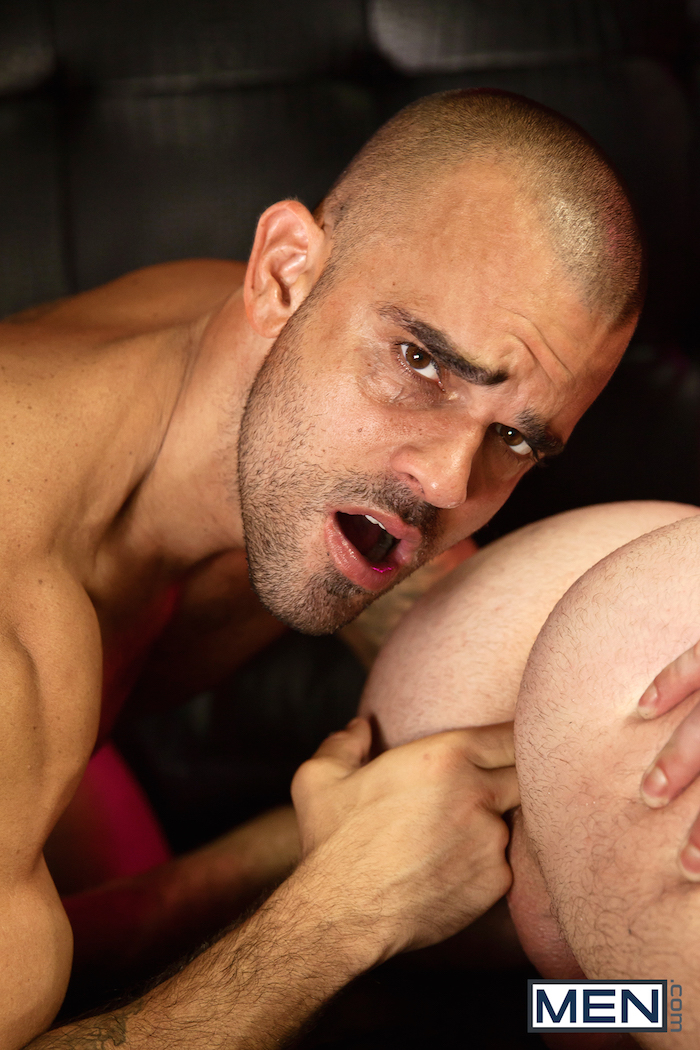 Damien Crosse and Dominique Hansson share a hot gay muscle fuck 3