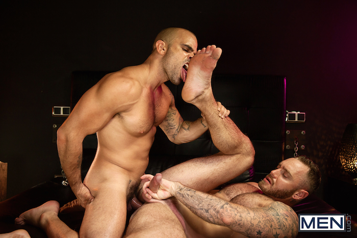 Damien Crosse and Dominique Hansson share a hot gay muscle fuck 7