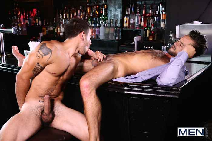 Vadim Black gives his hard jock cock to lucky Mike De Marko 3