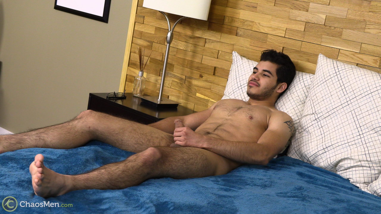 straight guy wanking on a bed