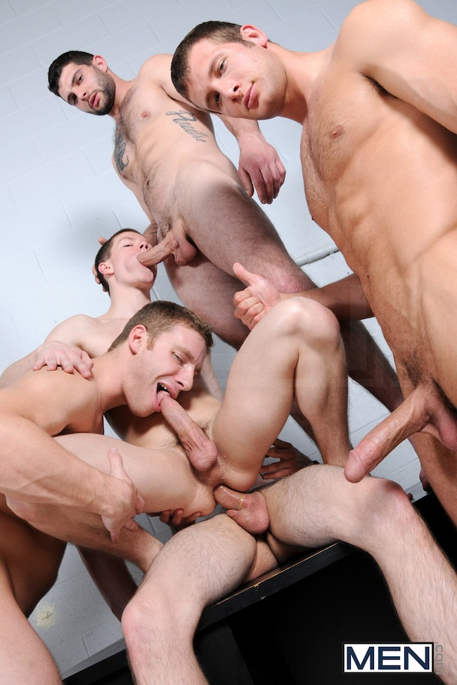 Muscle Boys Group Fuck (8)