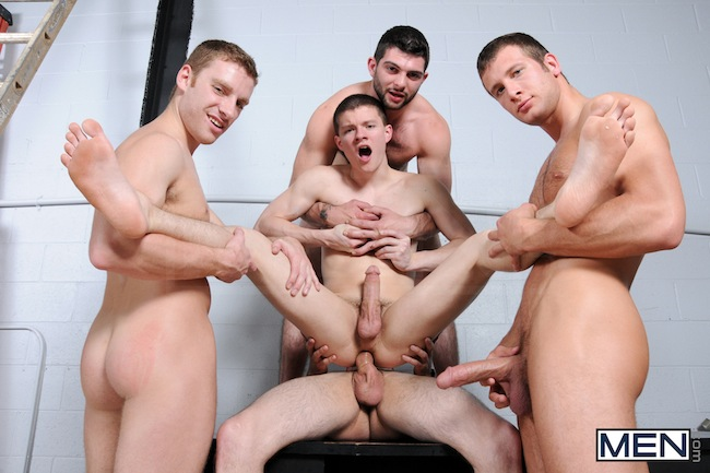 Muscle Boys Group Fuck (9)