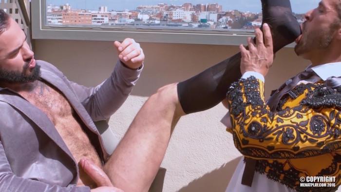 bullfighter-jessy-ares-denis-vega-2