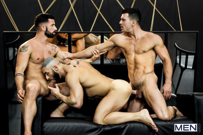 gay threesome fucking on video